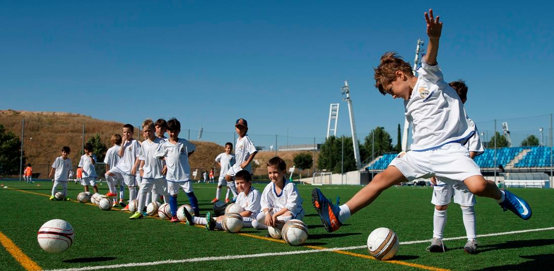 elegir campamento futbol - Cinco claves a tener en cuenta a la hora de elegir el mejor campamento de fútbol para mi hijo