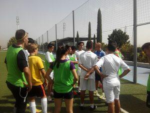 beneficios de los campamentos entrenamiento del campamento del Real Madrid 300x225 - Los padres opinan sobre los beneficios de los campamentos