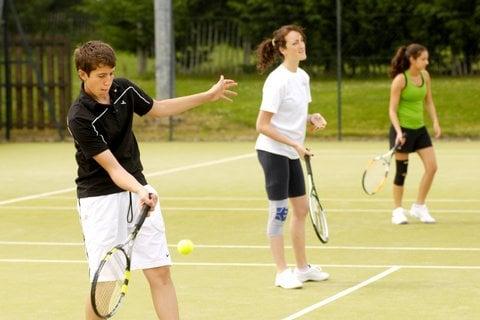 golpes tenis - ¿Cuáles son los principales golpes de tenis?