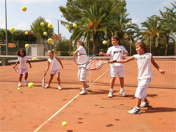 ejercicios de tenis para ninos   imagen via lasellatennis.com  - Ejercicios y material de tenis para niños