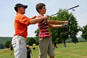 golf one on one 2 3 300x200 - ¿Qué es un bautismo de golf?