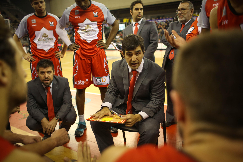 FERMINRF 20161109 FCBG CAMBADOS 021 - Entrevista al entrenador de baloncesto Pablo Pin, técnico del Fundación CB Granada