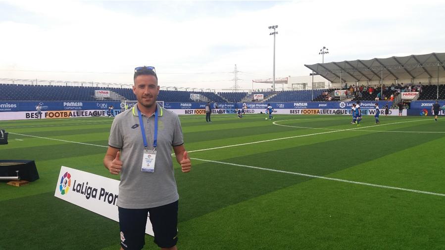 foto entrenador - Coaching Future Generations-Interviewing coach Pedro López