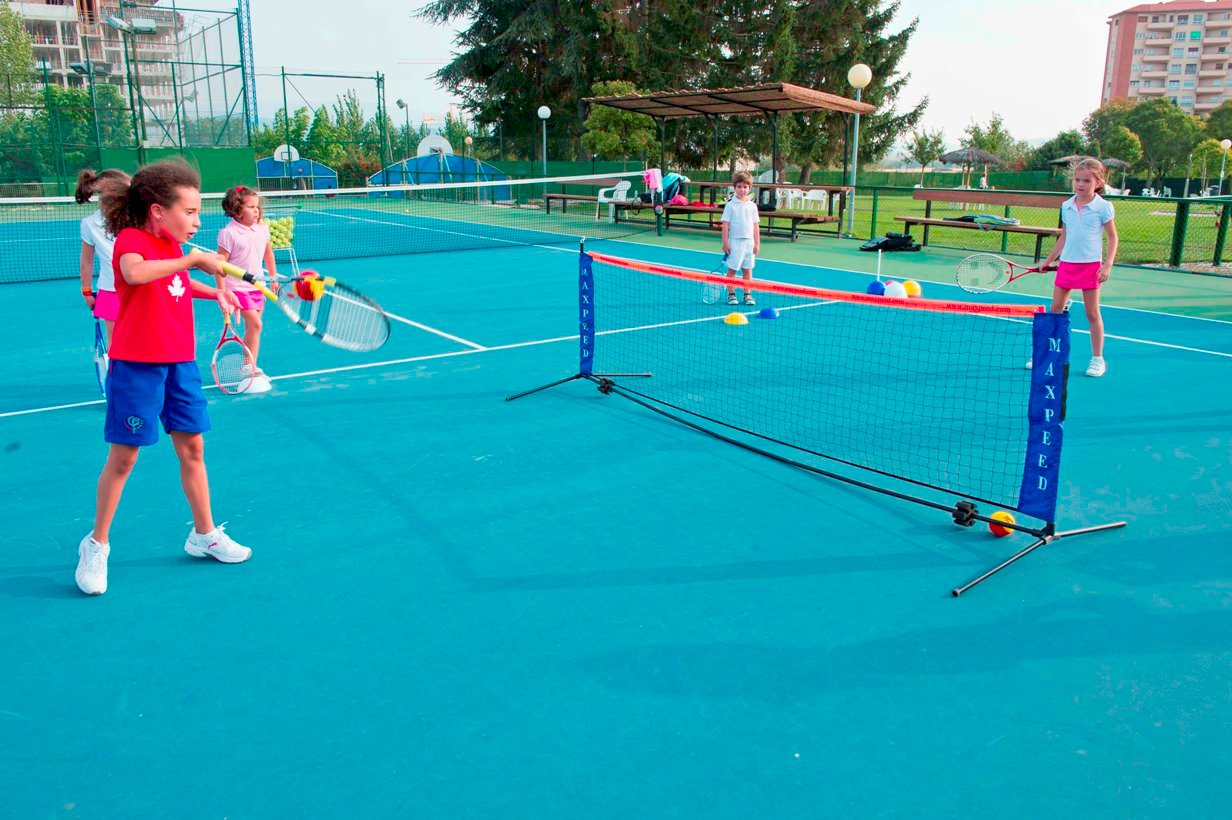 material de tenis para niños - The Ultimate Tennis Equipment List for Budding Professionals