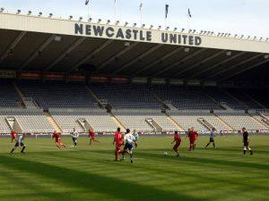 academy football 68 300x225 - Acampamentos de futebol de alto rendimento 2021