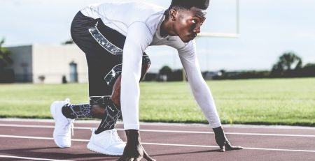 mindfulness meditation for athletes can help you get in the zone on the track