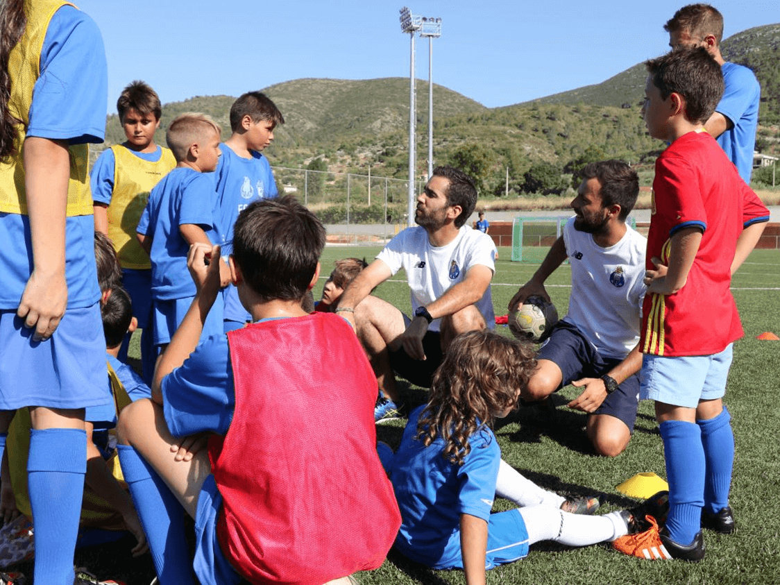 Imagen9 1 1 - FC Porto Valencia High-performance Intensive Winter Soccer Programs | Ertheo