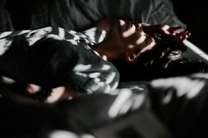 annie spratt sjDnVZHGasU unsplash 300x200 - Why Isn't My Child Sleeping Well? How to Help Children and Adolescents Sleep Better