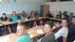 Language classes at Campamento Safari con inglés en Inglaterra. Right picture